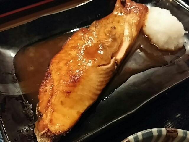 【人形町】1000円の価値あり!築地から仕入れた魚の定食ランチ