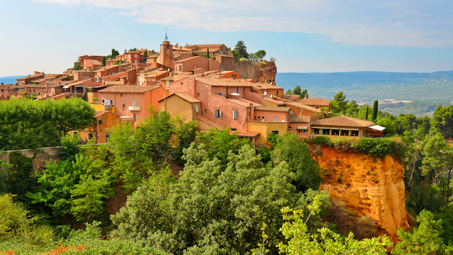 一生に一度は行ってみたい!「本当のフランス」を感じる最も美しい村6選