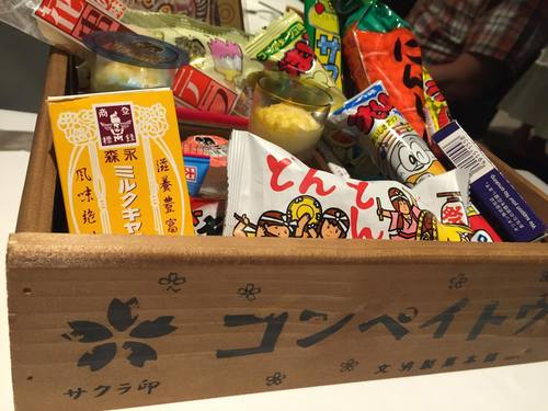 【日本橋】遊び心あふれる演出にも注目。「ラぺ」の桃のコース