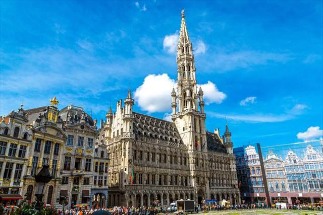 見ているだけで幸せ!ヨーロッパの最も美しい広場5選