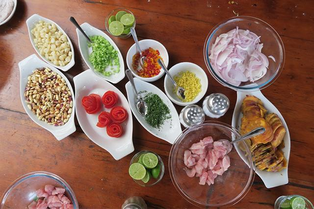 世界の人と一緒に現地の味が習える!ペルーのアレキパでお料理教室体験