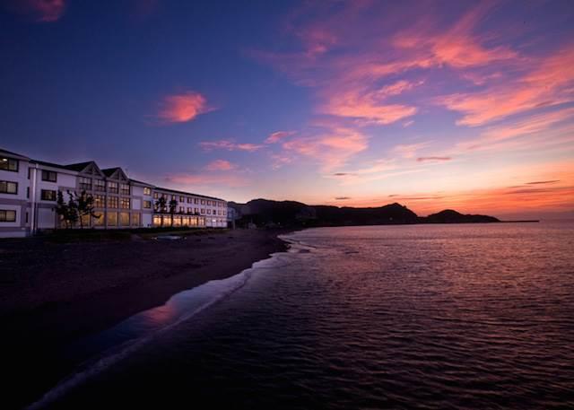 【彼と行きたいスポット】一生忘れられない美しい夕日の絶景宿TOP3ランキング