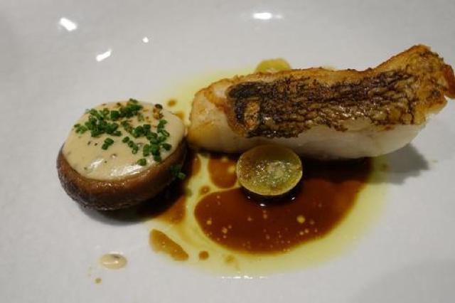 食べログTOP500の店!日本橋のフランス料理店「ラペ」でフルコース