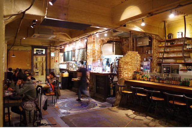いつものカフェに飽きたら・・・味わい深い廃墟カフェへGo!