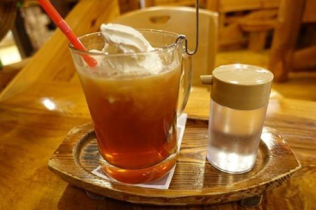 中ジョッキのウィンナーコーヒーにびっくり!ボリューム満点の珈琲屋OB