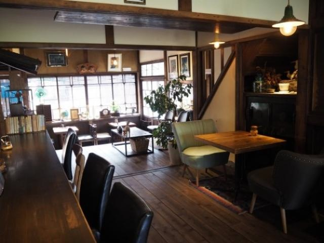 昭和レトロな蕎麦屋が古民家カフェに!地域の人に愛され続ける「蓮月」