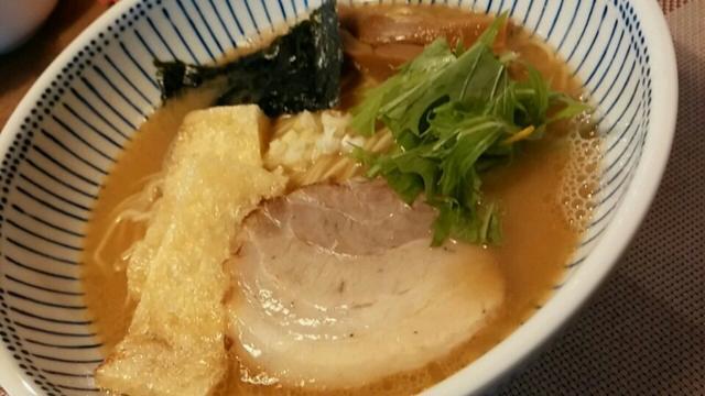 大盛り無料で600円はお得!人気の「中華そばとんび」で柚子香るさっぱり麺