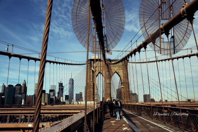 アメリカで最も古いレトロな吊り橋。人気観光スポット「ブルックリン橋」