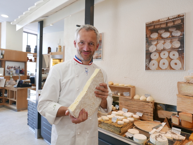 フランスのチーズ職人が来日! ワインと楽しむ「チーズセミナー」初開催