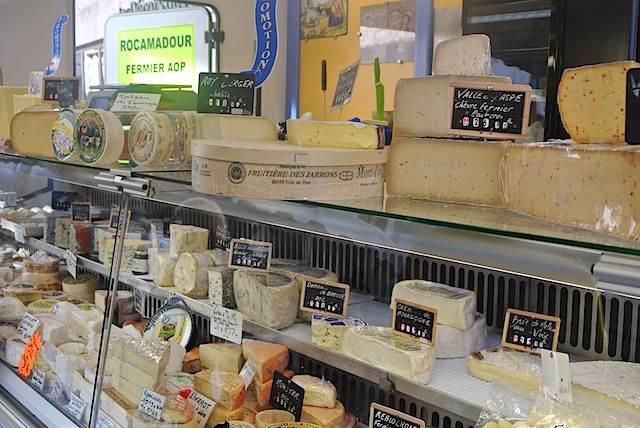 【クリスマス豆知識】フランス生まれの「クリスマス・チーズ」が気になる!