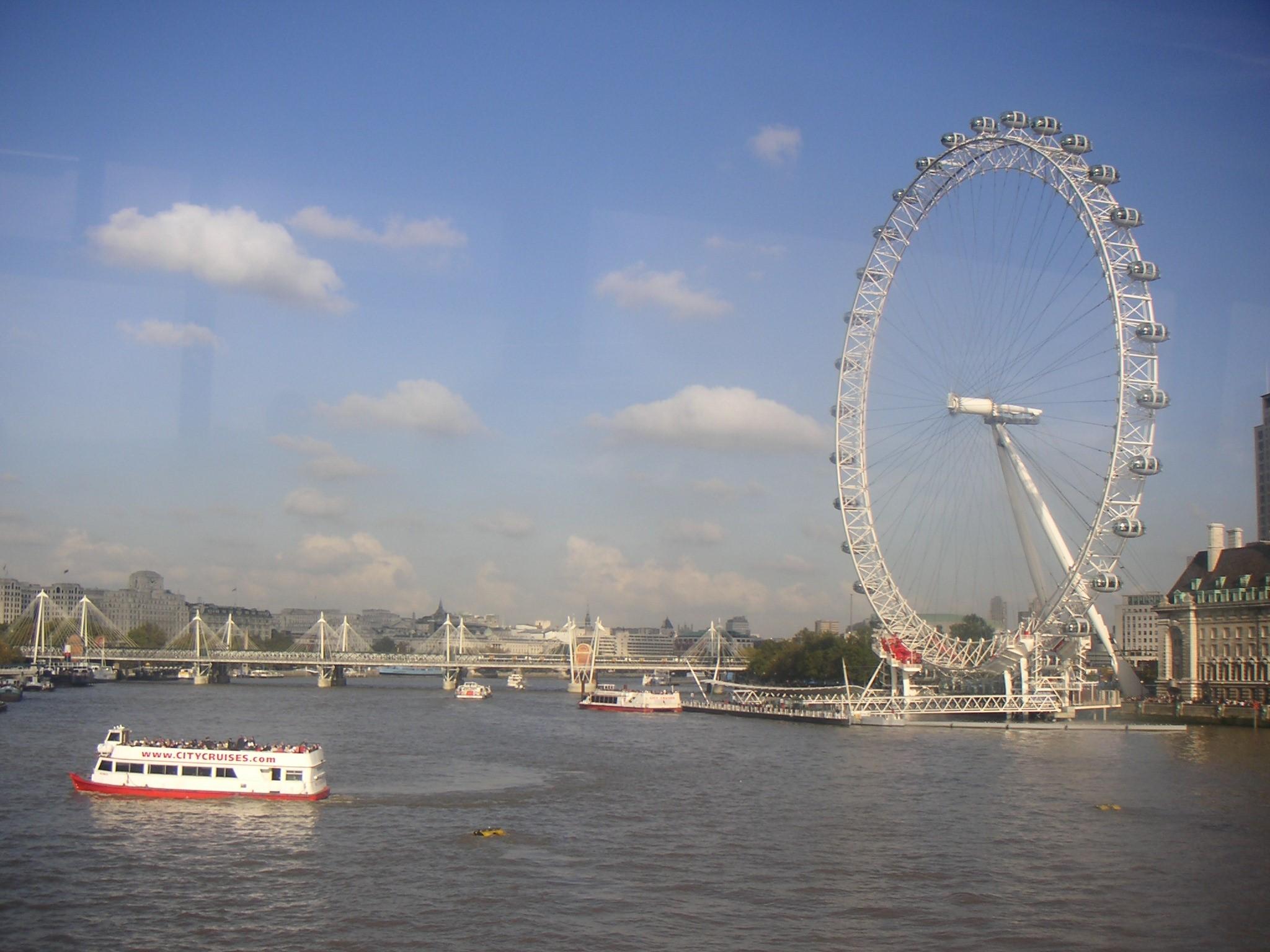 a hint of Art【Vol 3.】ロンドンとシンガポールの休日にヒントが潜んでいた