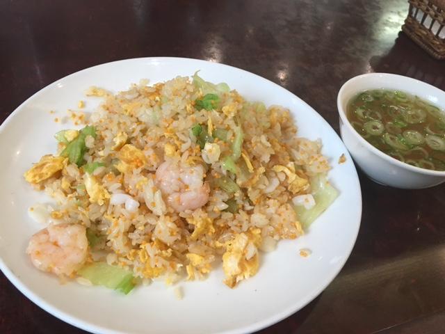 パラパラの炒め具合が抜群の海鮮炒飯!横浜にある老舗中華屋「桃季」