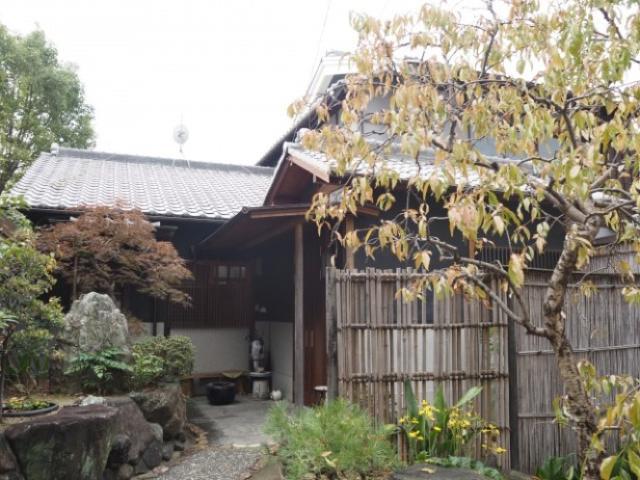 大阪下町を堪能できる縁側のある昭和な古民家宿「ゲストハウスおどり」