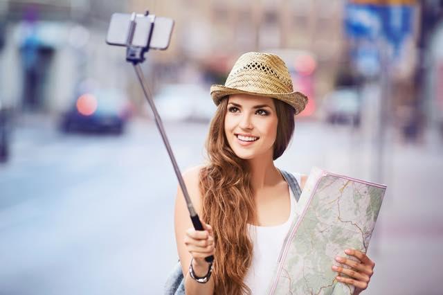 一人旅で意外と困る!自分の写真はどうやって撮影すればいいの?