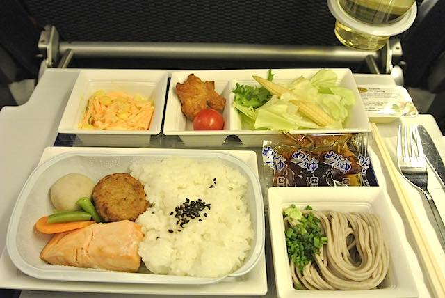 【機内食で世界巡り】フランクフルト〜羽田「全日空」