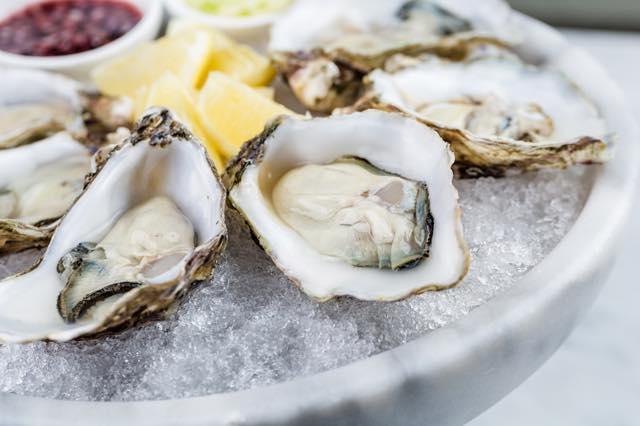 ニューヨーク「牡蠣が1個1ドル」の店5軒。ハッピーアワーが狙い目