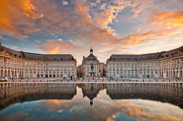 フランス古典様式ボルドー