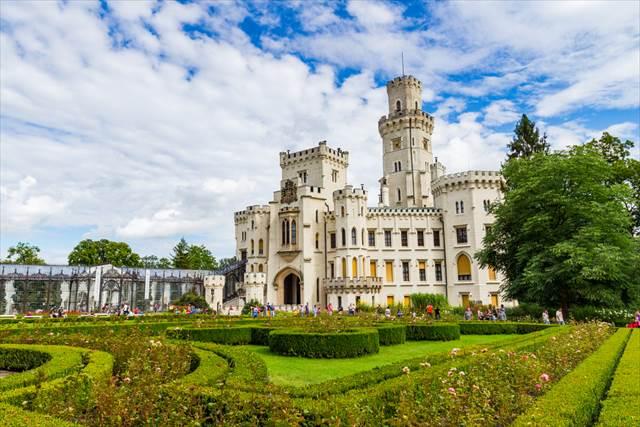 絵本の中のお城のよう チェコのフルボカー城