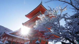 【京都】死ぬまでに見たい冬の絶景!言葉を失う程美しい清水寺の雪景色