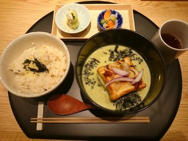 品川駅中でアクセスも便利。お出汁の味わいを楽しめる御膳「おだし東京」