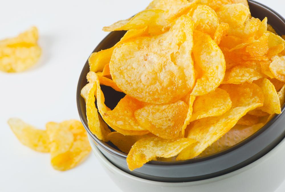 1万人に聞いた「好きなポテトチップスの味はなに?」