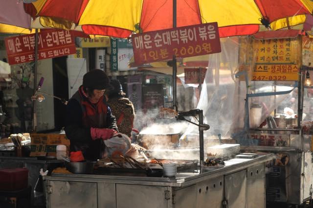 美食のラビリンス!韓国ストリートグルメのすすめ
