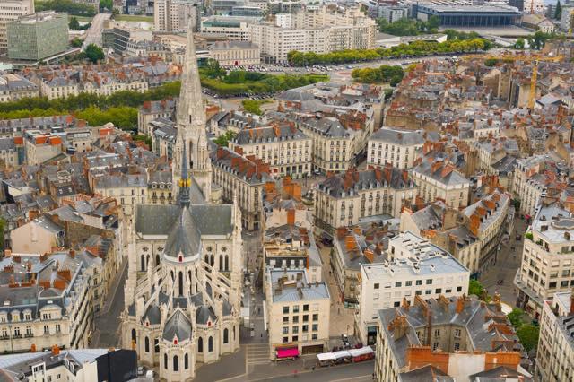 ロワール河畔にあるフランス人に人気の街ナント