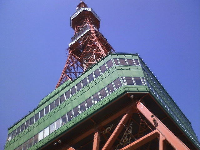 テレビ父さんもびっくり。実はテレビ塔ではない?さっぽろテレビ塔を現地レポ
