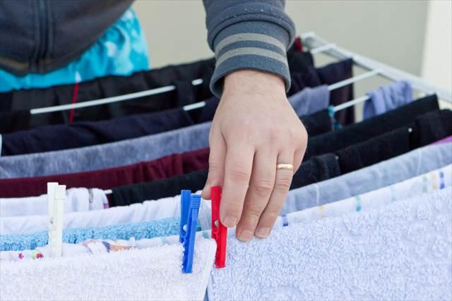 旅先の洗面台で靴下を手洗いしたときの【ニオイ対策】知ってる?