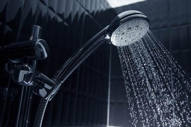 【留学の失敗談と解決策】イギリスのホームステイ先で水漏れ