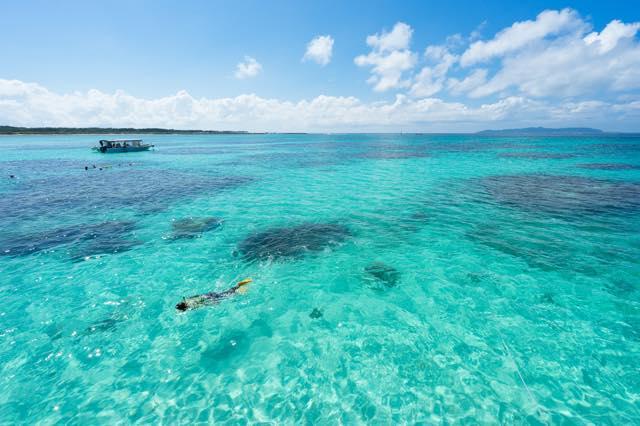【石垣島女子ひとり旅】夏を先取り オーシャンブルーの海と絶景テラス