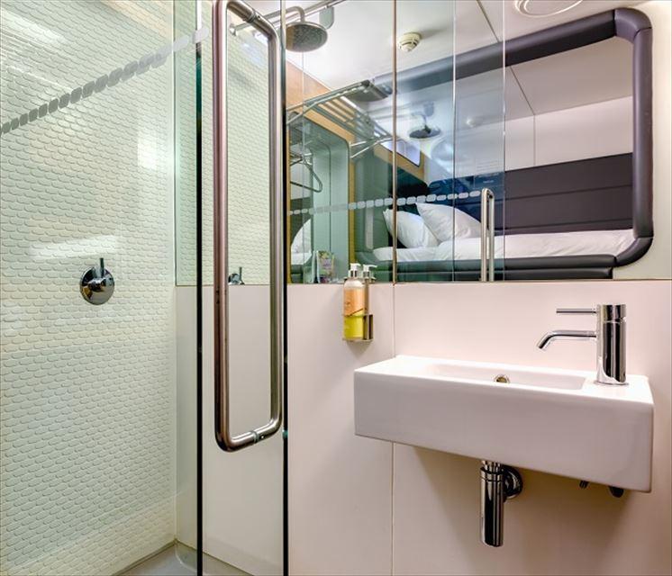 欧州で進化した日本の発明。スタイリッシュなカプセルホテル3選