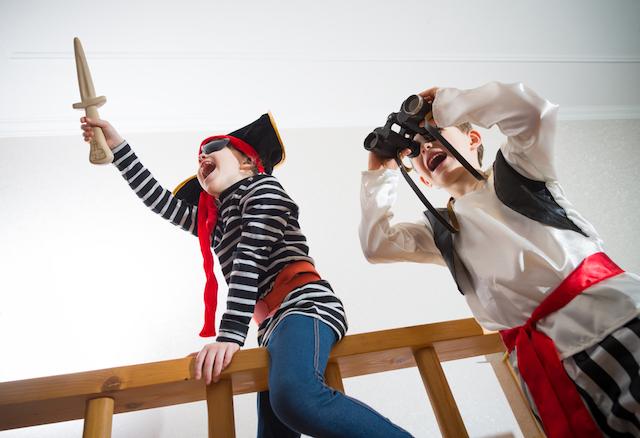 【1泊2日交通費・宿泊費無料】夏休みに家族で無人島冒険。瀬戸内海の海賊体験『SEA CASTLE』で親子が成長する夏