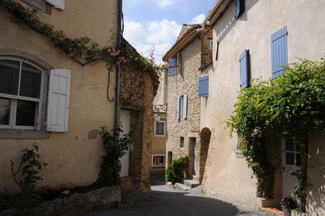雑貨好き必見、南仏の美しい小さな村ルールマラン