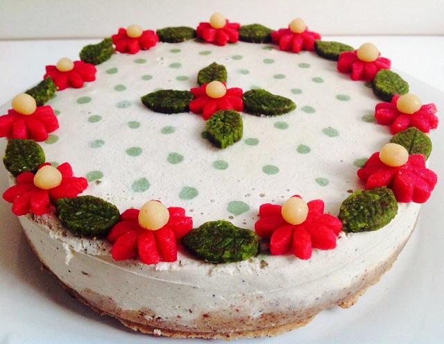 ときめきが止まらない!ベルリン発のお花畑ヴィーガン・ケーキ