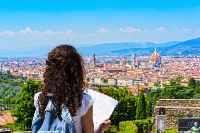 読めば旅に出たくなる?「何か」を探す旅行記3選