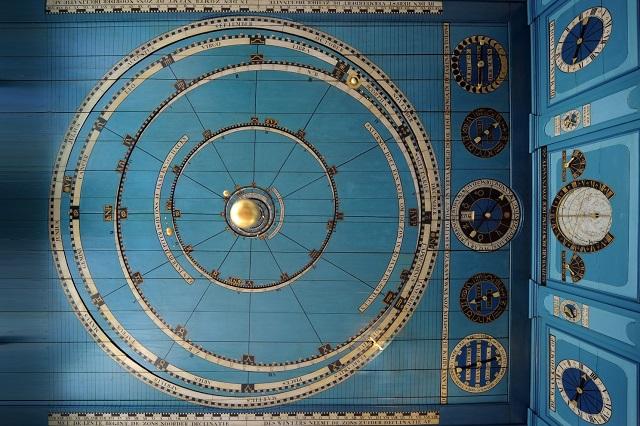 ファンタジー映画に出てきそう!200年以上前の世界最古のプラネタリウム