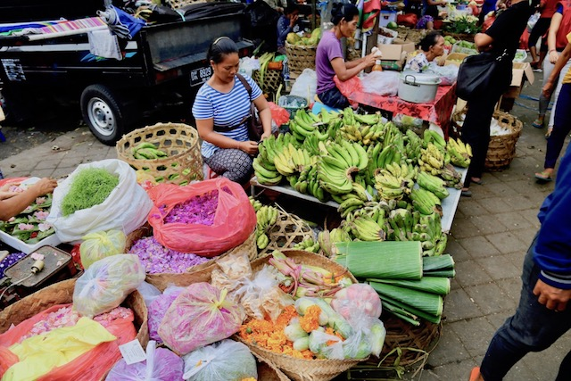 バリ島ウブドの中心地。ウブド市場はお土産の宝庫!
