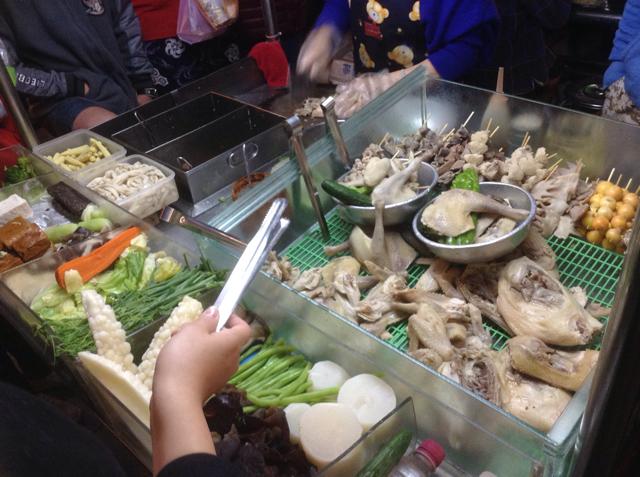 台湾で暮らす日本人が教える、お酒のおともにおいしい台湾夜市屋台メニュー6選