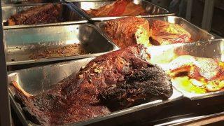 【ニューヨーク】肉好きにはたまらない、量り売りバーベキューレストラン