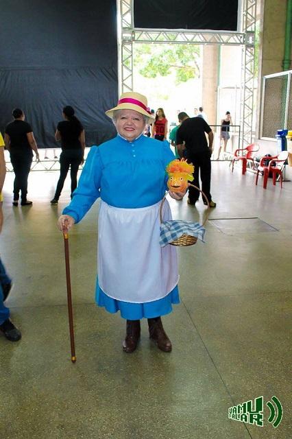 ジブリやディズニー映画キャラも驚きの再現度!ブラジルのコスプレ大好きマダム