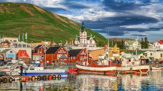 自然の宝庫、アイスランドが今熱い!あのドラマのロケ地で人気沸騰中。