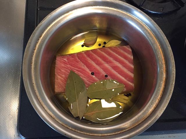 【超簡単レシピ】家庭で超簡単に作れる!缶詰の味をはるかに超える感動の自家製ツナ