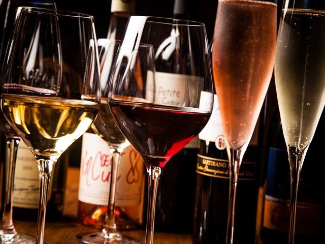新橋のワイン肉バルが2週間ボトルワイン80種を「仕入れ値」で提供!