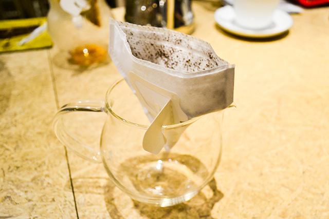 業界初のコットン100%で作られたドリップバッグコーヒーが発売!手軽にプレミアムな時間を
