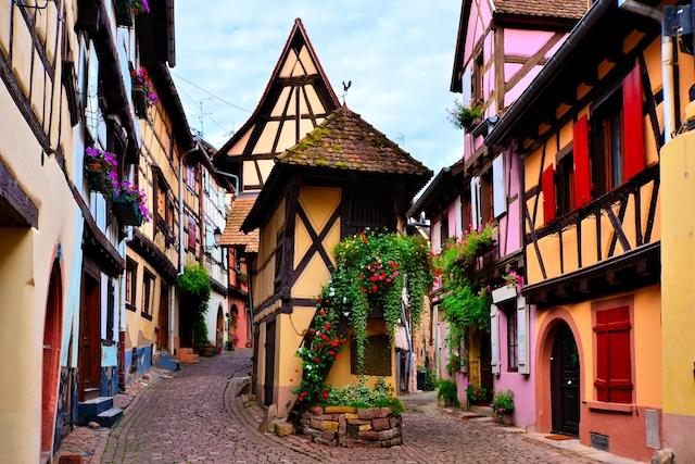 息をのむ美しさにうっとり・・・一度は訪れたい世界で最も美しい村10選