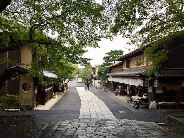 """婚活女子必見!""""玉の輿祈願""""で知られる京都で話題の「今宮神社」"""