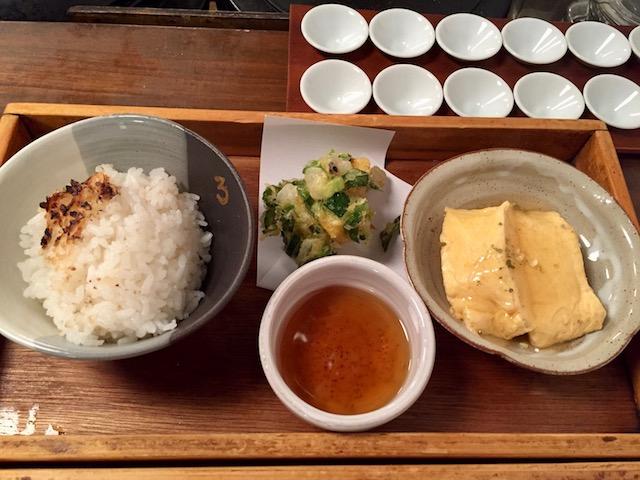 10種類のおばんざいが楽しめて1190円!おトクすぎる「出町ろろろ」のお弁当