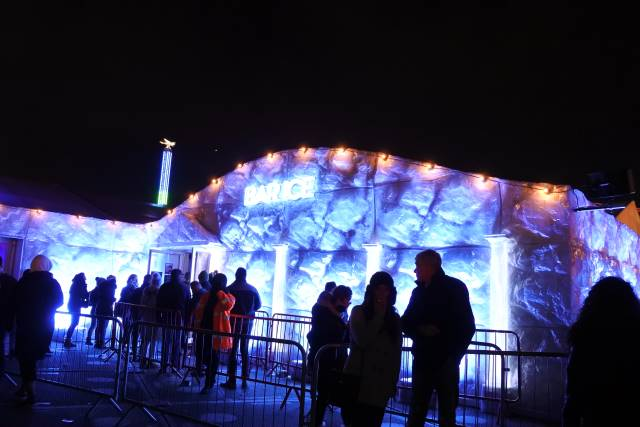 冬季限定、ロンドンの移動式遊園地「ウィンター・ワンダーランド」【現地ルポ】