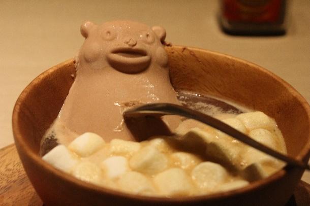 """""""溶けないくまモンアイス""""がコーヒー風呂で入浴!「KICHIRI渋谷」に〆の健康スイーツが期間限定で登場"""